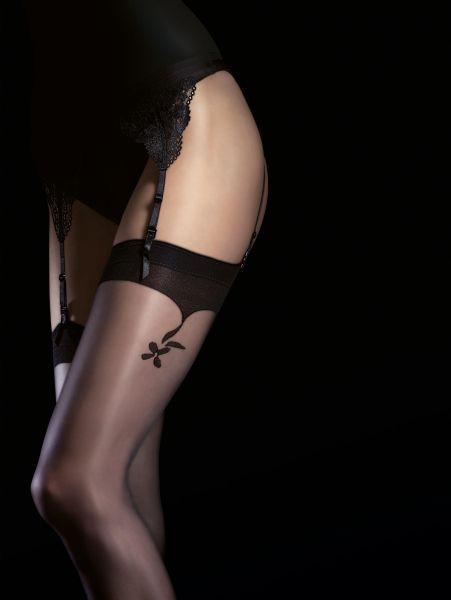 Eleganta stockings med blommigt mönster Charlize från Fiore, 20 DEN